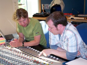 Harald und Oliver regeln am Klang